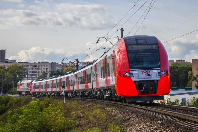 Фото поезда Ласточка в пути