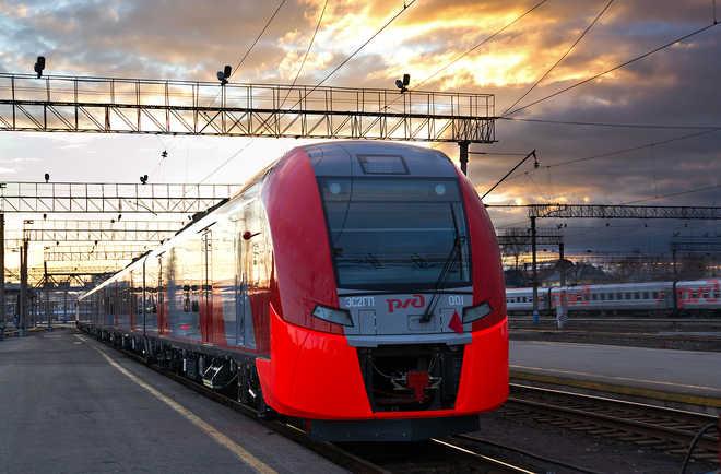 Фото поезда Ласточка на вокзале
